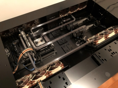 Lian Li DK-05X Desk PC - Custom dual loop